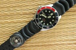 NICE OLD STOCK CITIZEN 200M STAINLESS STEEL DBL BLACK & COLA